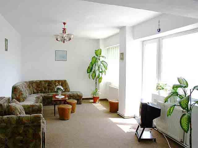 Maris Apartment 31 - Rent for short or long term - Accommodation - Regim Hotelier - Brasov