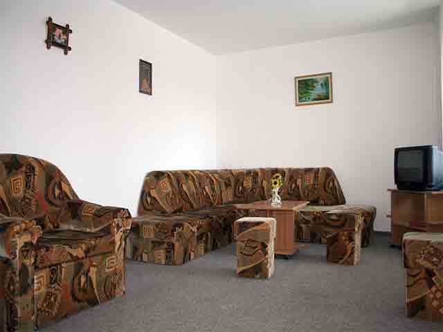Maris Apartment 7 - Rent for short or long term - Accommodation - Regim Hotelier - Brasov